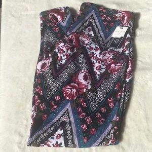NWT- Sz 1X Fleece lined leggings in fall colors